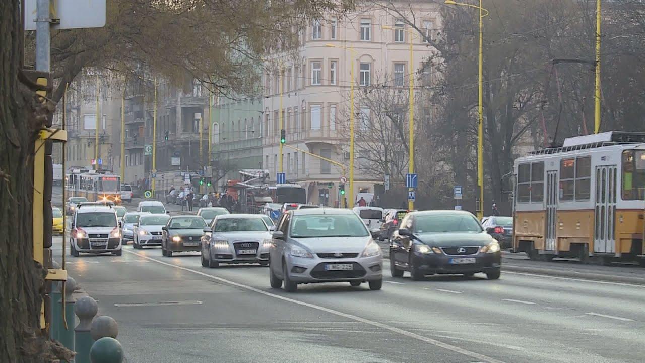 Egyre nagyobb forgalom zúdul a Hegyvidék útjaira