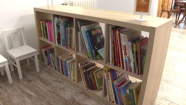 Több száz könyvet gyűjtöttek össze határon túli gyerekeknek a Virányosi Közösségi Házban